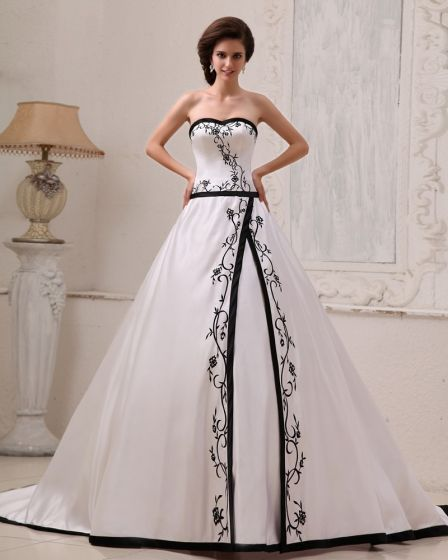 Satin Broderi Alskling Domstol A-linje Brudklänningar Bröllopsklänningar