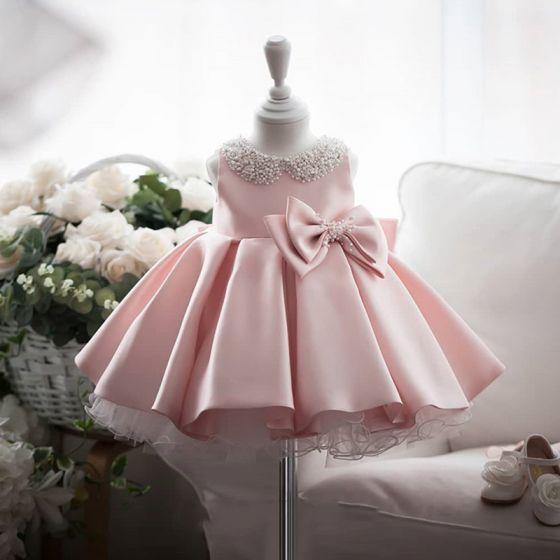 Mode Rose Bonbon Satin Anniversaire Robe Ceremonie Fille 2020 Robe Boule Encolure Dégagée Sans Manches Perlage Perle Noeud Courte Volants Robe Pour Mariage