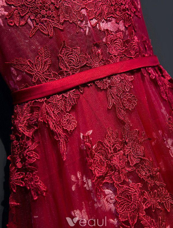 Glamorous Prom Dresses 2017 Scoop Neckline Applique Lace Burgundy Backless Dress