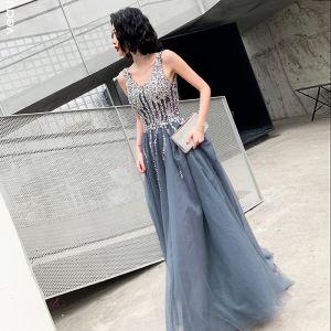 Beste Grau Abendkleider 2019 A Linie V-Ausschnitt Ärmellos Pailletten Lange Rüschen Rückenfreies Festliche Kleider