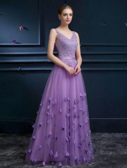 2015 Elegant A-line Shoulders V-neck Handmade Flower Appliques Lace Sash Prom Dress