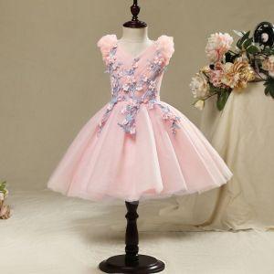 Schöne Saal Kleider Für Hochzeit 2017 Mädchenkleider Pink Kurze Ballkleid Fallende Rüsche V-Ausschnitt Ärmellos Blumen Applikationen Perle