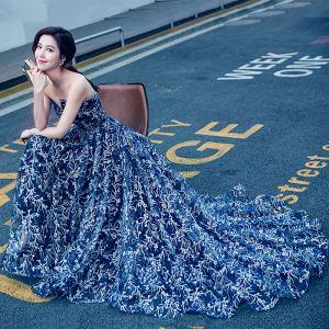 Sexy Royal Blue Evening Dresses  2017 A-Line / Princess Strapless Sleeveless Rhinestone Chapel Train Backless Formal Dresses
