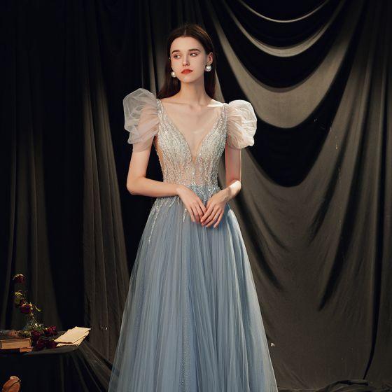Illusion Bleu Ciel Transparentes Robe De Bal 2021 Princesse Col v profond Sans Manches Perlage Paillettes Glitter Tulle Train De Balayage Volants Dos Nu Robe De Ceremonie