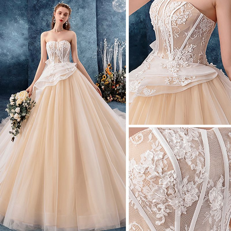 Charming Champagne Wedding Dresses 2019 Ball Gown Sweetheart Sleeveless Backless Appliques Lace Pearl Chapel Train Ruffle