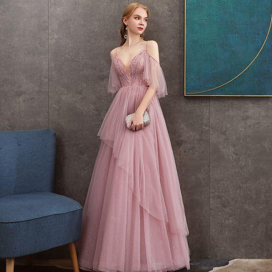 Schöne Pink Abendkleider 2020 A Linie Spaghettiträger Tiefer V-Ausschnitt Kurze Ärmel Glanz Tülle Perlenstickerei Lange Rüschen Rückenfreies Festliche Kleider
