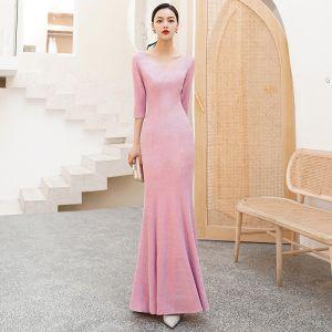 Betaalbare Candy Roze Avondjurken 2019 Trompet / Zeemeermin V-Hals 3/4 Mouwen Glans Polyester Lange Ruglooze Gelegenheid Jurken