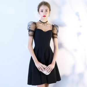 Modest / Simple Black Homecoming Graduation Dresses 2018 A-Line / Princess Square Neckline Backless Short Sleeve Short Formal Dresses