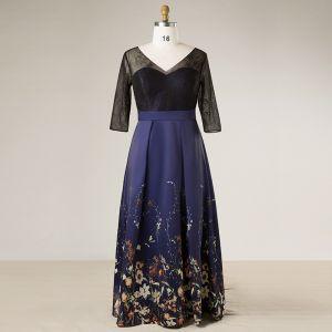 Fée Des Fleurs Bleu Marine Grande Taille Robe De Soirée 2018 V-Cou Charmeuse Princesse Lacer Dos Nu Impression Soirée Robe De Bal