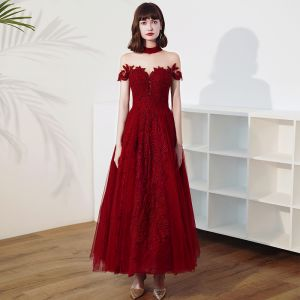 Vintage / Retro Burgundy Lace Engagement Prom Dresses 2020 A-Line / Princess See-through High Neck Short Sleeve Appliques Lace Beading Ankle Length Ruffle Backless Formal Dresses