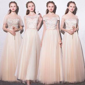 Hermoso Champán Vestidos De Damas De Honor 2018 A-Line / Princess Apliques Bowknot Scoop Escote Sin Espalda Manga Corta Largos Vestidos para bodas
