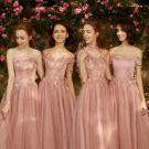 Piękne Różowy Perłowy Sukienki Dla Druhen 2018 Princessa Aplikacje Przebili Z Koronki Długie Wzburzyć Bez Pleców Sukienki Na Wesele