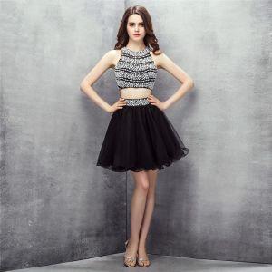 2 Kawałek Czarne Sukienki Koktajlowe 2017 Wycięciem Bez Rękawów Frezowanie Perła Bez Pleców Krótkie Tiulowe Homecoming Sukienki Wizytowe