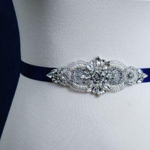 Eenvoudige Koninklijk Blauw Gala Sjerp 2020 Handgemaakt Satijn Metaal Kralen Kristal Rhinestone Bruids Huwelijk Accessoires