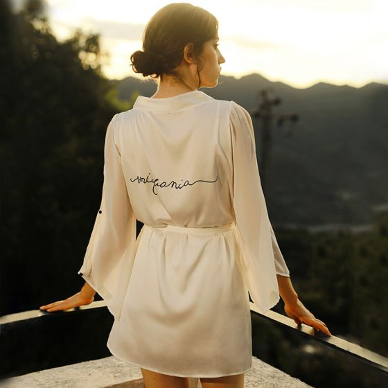 Sexy White V-Neck Bridal Wedding Bridesmaid 3/4 Sleeve Silk Robes 2020 Lace Sash