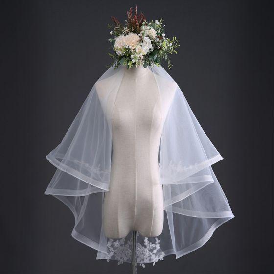 Proste / Simple Białe Ślub Koronkowe Tiulowe Haftowane Wykonany Ręcznie 1 m Krótkie Welony Ślubne 2019