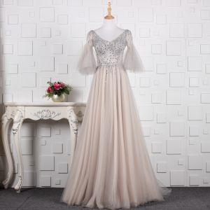 Stylowe / Modne Szary Wykonany Ręcznie Frezowanie Sukienki Wieczorowe 2019 Princessa Rhinestone Cekiny V-Szyja Rękawy z dzwoneczkami Bez Pleców Długie Sukienki Wizytowe