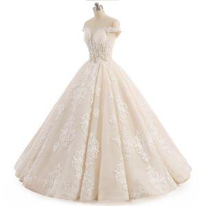 Piękne Szampan Suknie Ślubne 2017 Suknia Balowa Koronkowe Kwiat Przy Ramieniu Bez Pleców Bez Rękawów Długie Ślub