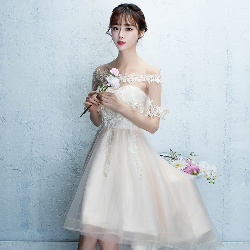 Affordable Asymmetrical Champagne Graduation Dresses 2017 A-Line / Princess Sweetheart Sleeveless Appliques Lace Ruffle Tulle Formal Dresses
