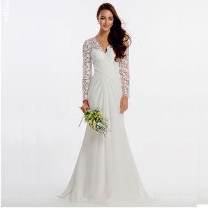 Sexy Bohemia White Wedding Dresses 2020 Long Sleeve Trumpet / Mermaid V-Neck Embroidered Sweep Train Wedding