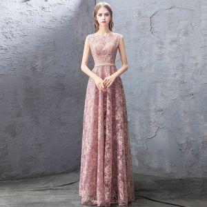 Chic / Belle Perle Rose Robe De Soirée 2019 Princesse En Dentelle Perlage Faux Diamant Paillettes Encolure Dégagée Sans Manches Longue Robe De Ceremonie