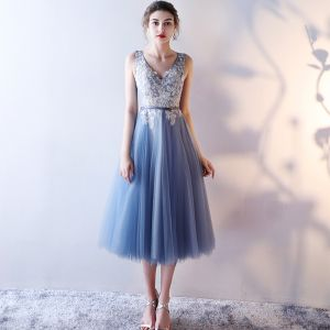 Chic / Beautiful Graduation Dresses 2017 Lace Appliques Sequins Pearl V-Neck Sleeveless Ocean Blue Tea-length A-Line / Princess