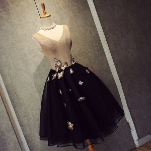 Chic / Beautiful Black Graduation Dresses 2018 A-Line / Princess Tulle V-Neck Beading Butterfly Backless Homecoming Formal Dresses
