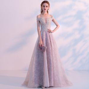 Seksowne Szary Przezroczyste Sukienki Na Bal 2018 Princessa Przy Ramieniu Kótkie Rękawy Aplikacje Z Koronki Rhinestone Trenem Sweep Wzburzyć Sukienki Wizytowe