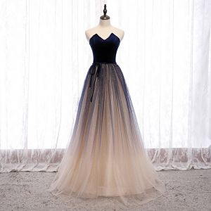 Best Navy Blue Dancing Prom Dresses