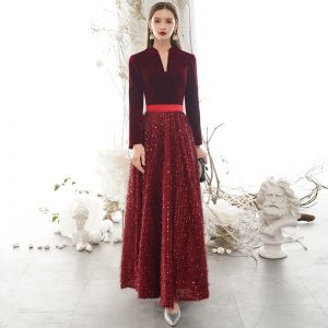 Elegant Burgundy Winter Evening Dresses  2020 A-Line / Princess V-Neck Sequins Tassel Long Sleeve Floor-Length / Long Formal Dresses