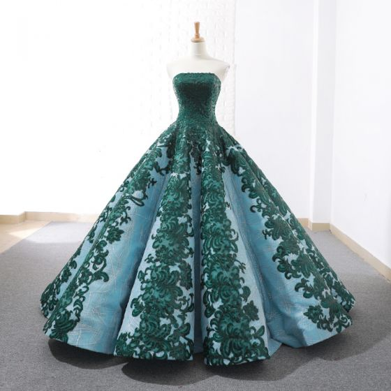 Luxury / Gorgeous Dark Green Red Carpet Evening Dresses  2020 Ball Gown Strapless Sleeveless Appliques Lace Sequins Sweep Train Ruffle Backless Formal Dresses