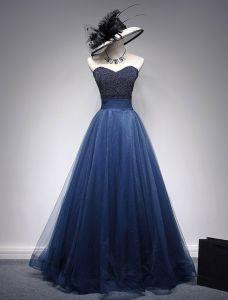 Belle Robe De Bal 2016 Perles Décolleté Chérie Volants Bleu Marine Robe De Tulle