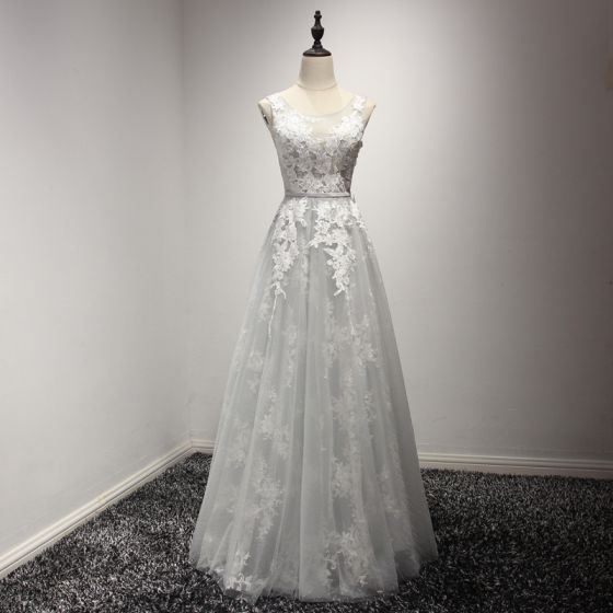Chic / Beautiful Grey Bridesmaid Dresses 2017 A-Line / Princess Scoop Neck Sleeveless Appliques Lace Sash Glitter Tulle Ruffle Floor-Length / Long Backless Wedding Party Dresses