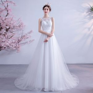 Eleganckie Kość Słoniowa Suknie Ślubne 2020 Princessa Wycięciem Z Koronki Kwiat Bez Rękawów Trenem Sąd