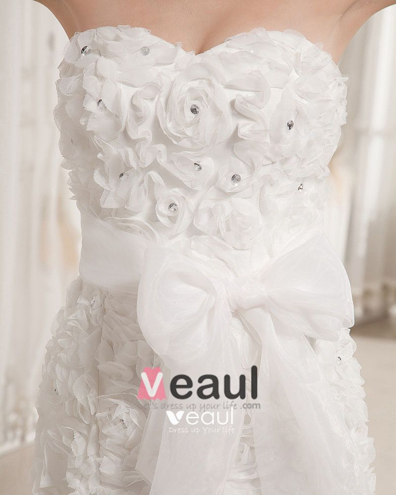 Applique Organza Flower Beading Sweetheart Chapel Empire Wedding Dress