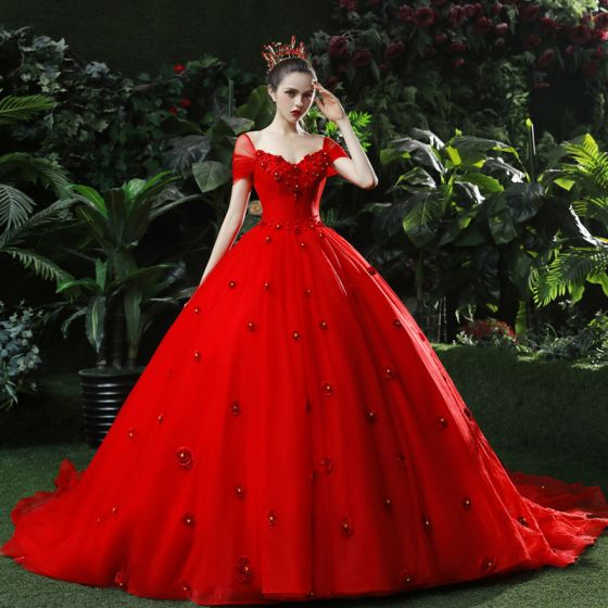 High-end Red Wedding Dresses 2019 Ball Gown V-Neck Pearl Rhinestone Appliques Short Sleeve Backless Chapel Train