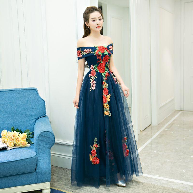 Affordable Navy Blue Evening Dresses  2019 A-Line / Princess Off-The-Shoulder Short Sleeve Appliques Embroidered Floor-Length / Long Ruffle Backless Formal Dresses
