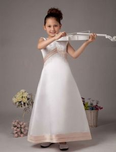 Weißes Ärmelloses Invertiert V Satin Blumenmädchen Kleid Kommunionkleider