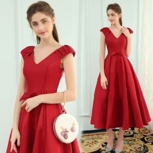 Modest / Simple Red Evening Dresses  2019 A-Line / Princess V-Neck Bow Sleeveless Backless Tea-length Formal Dresses