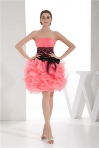 2015 Glamourösen Trägerlosen Kurzen Rosa Cocktailkleid Ballonkleid