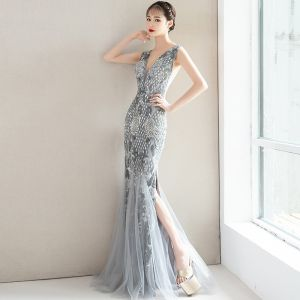 Charming Grey Evening Dresses  2019 Trumpet / Mermaid Lace Flower Crystal Sequins V-Neck Sleeveless Backless Floor-Length / Long Formal Dresses