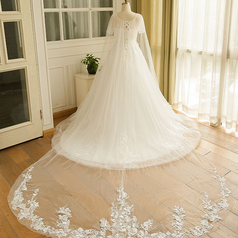 Amazing / Unique White Wedding Dresses 2017 A-Line / Princess V-Neck Tulle Beading Appliques Backless Wedding