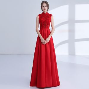 Chinese style Red Evening Dresses  2018 A-Line / Princess Appliques Lace Beading Crystal High Neck Backless Sleeveless Floor-Length / Long Formal Dresses