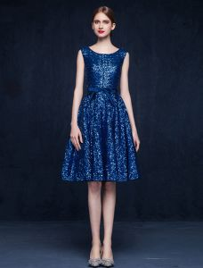 Sparkly Scoop Neckline Knee Length Sequins Party Dress With Sash