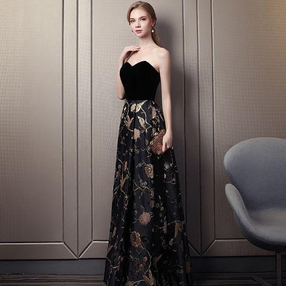 Piękne Czarne Złote Sukienki Na Bal 2018 Imperium Kochanie Bez Rękawów Haftowane Długie Wzburzyć Bez Pleców Sukienki Wizytowe