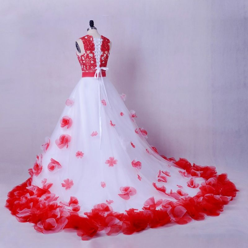 Stunning 2 Piece Red White Wedding Dresses 2017 Scoop Neck Strapless Sleeveless Ruffle Flower Ball Gown Chapel Train