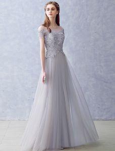 Elegante Abendkleider 2016 A-line Spitze Quadratischen Ausschnitt Applique Grau Tüll Langes Kleid Perlstickerei