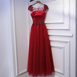 Schöne Rot Festliche Kleider Abendkleider 2017 Spitze Blumen Pailletten Perle Rundhalsausschnitt Kurze Ärmel Knöchellänge A Linie