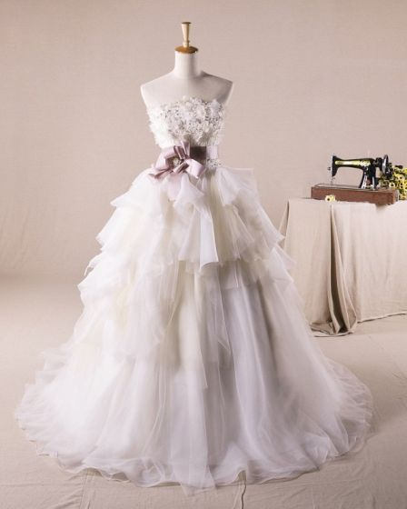 Pretty Ruffles Applique Flower Decoration Strapless Tulle A Line Wedding Dress