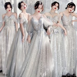 Affordable Grey Bridesmaid Dresses 2020 A-Line / Princess Backless Appliques Lace Sequins Floor-Length / Long Ruffle